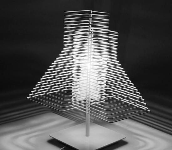 Zava - Grown Table  - 3
