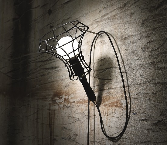 Zava - Lady Cage Wall  - 1